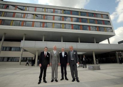 Schwarzwald-Baar-Klinikum feierlich eröffnet - NQ Online - Die ...